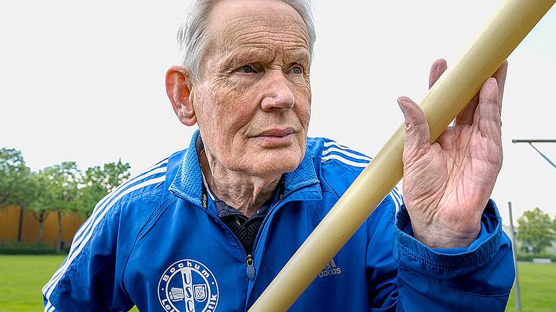 Gerd Weißpfennig Ehrenvorsitzender und Pressewart des USC Bochum
