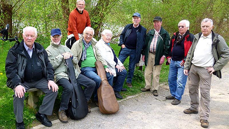 Gundlach: Wandern mit den Altenherren